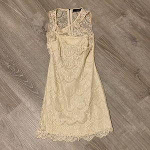 Dresses & Skirts - Boutique Lace Dress